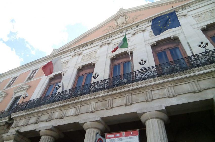 """La giunta comunale approva il progetto """"Palcoscenico"""". E il teatro Piccinni finisce in tv"""