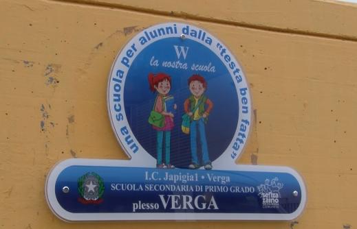 "Si cercano mediatori linguistici per l'Ic ""Japigia 1–Verga"""