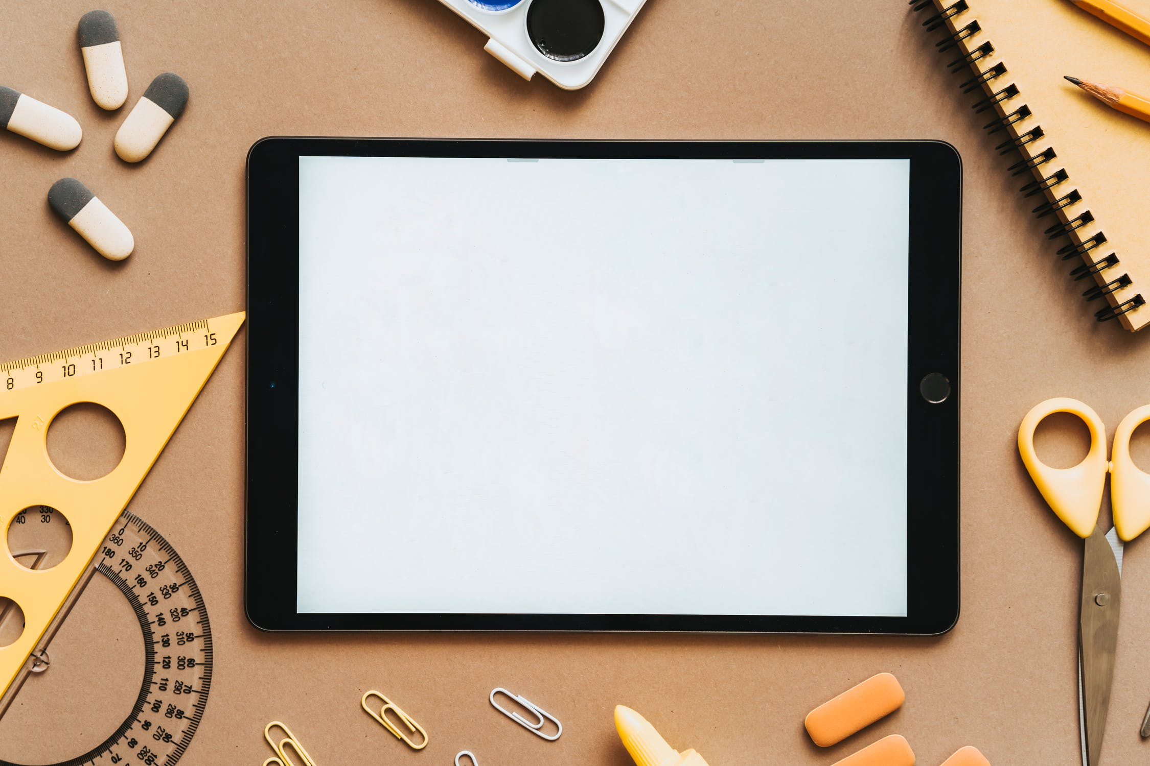 scuola lavagna tablet