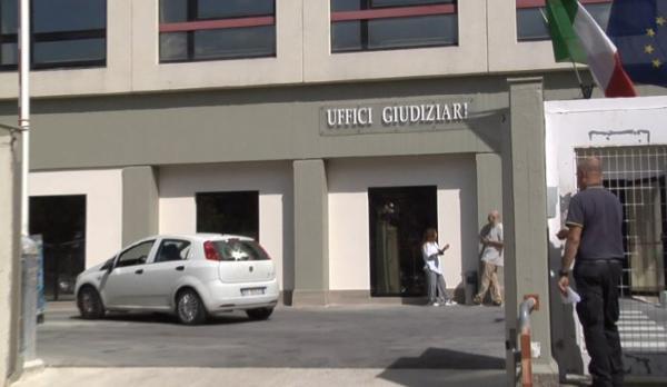 Giudice positivo al Covid, altri tre in quarantena: attività ridotta al Tribunale